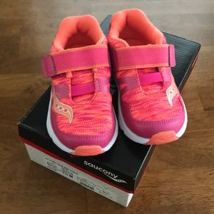 Brand New Saucony toddler 7.5